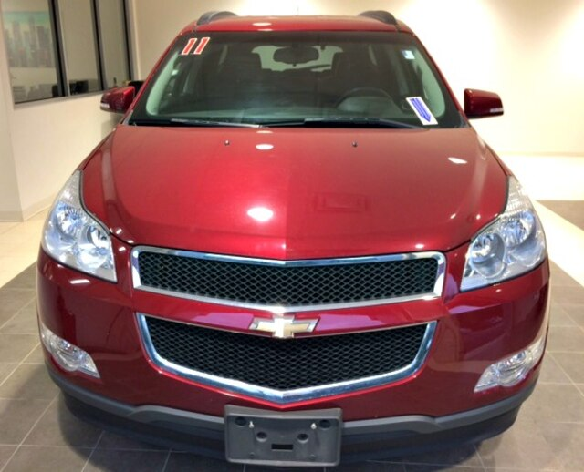 Pre-Owned 2011 Chevrolet Traverse 1LT