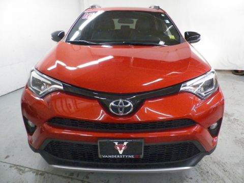 Pre-Owned 2016 Toyota RAV4 SE Edition! Leather!